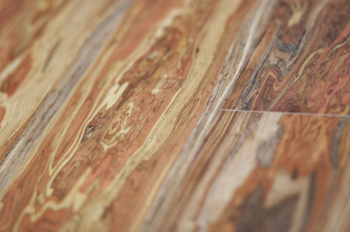 Photo example of beautiful, exotic wood grain